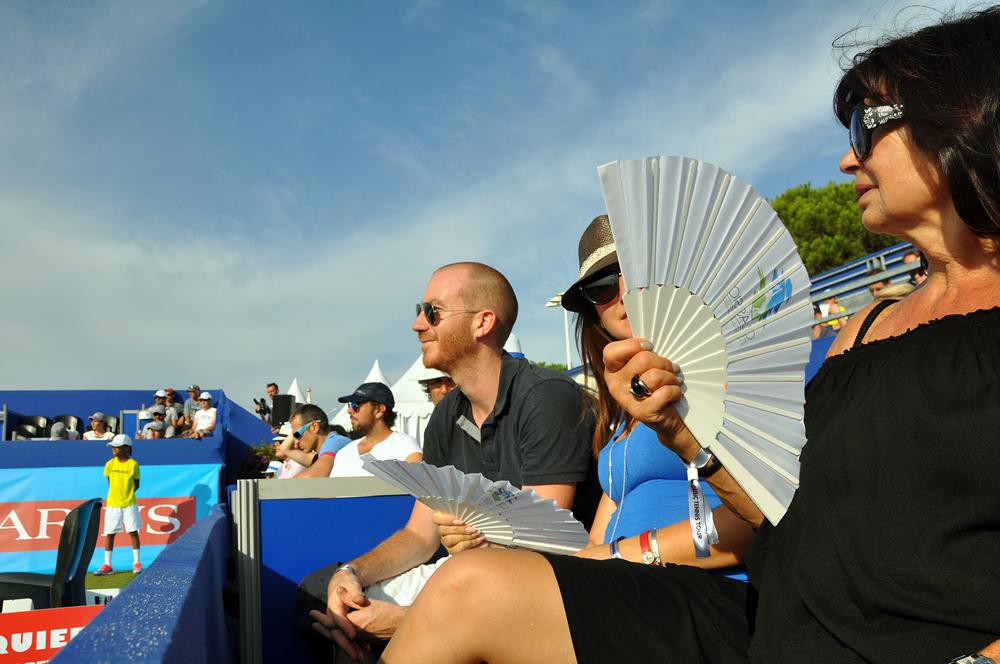 Saint-Tropez Classic Tennis Tour 2015 - Loge Noreve avec Steve Schaming (sertisseur Place des Lices)
