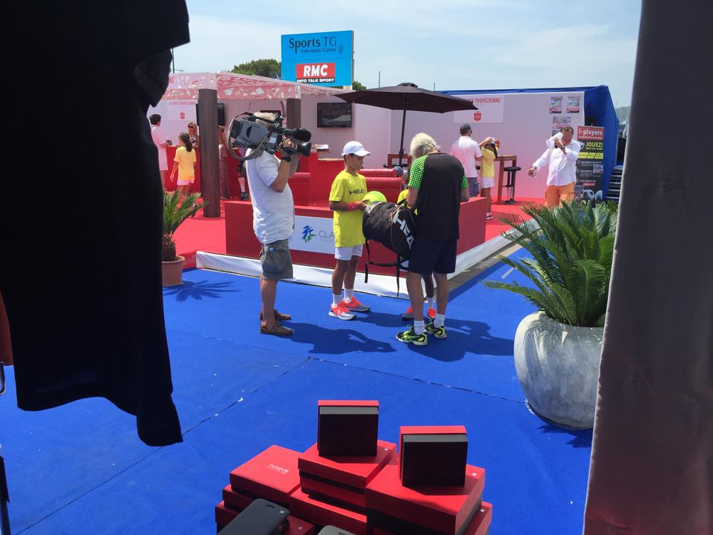 Saint-Tropez Classic Tennis Tour 2015 - Arrivée au village VIP avec la télé pour Mr Björn Borg