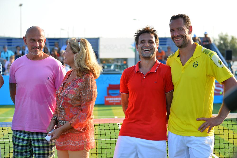 Saint-Tropez Classic Tennis Tour 2015 - Les très sympatiques Fabrice Santoro & Michael Llodra pour la remise des prix Noreve