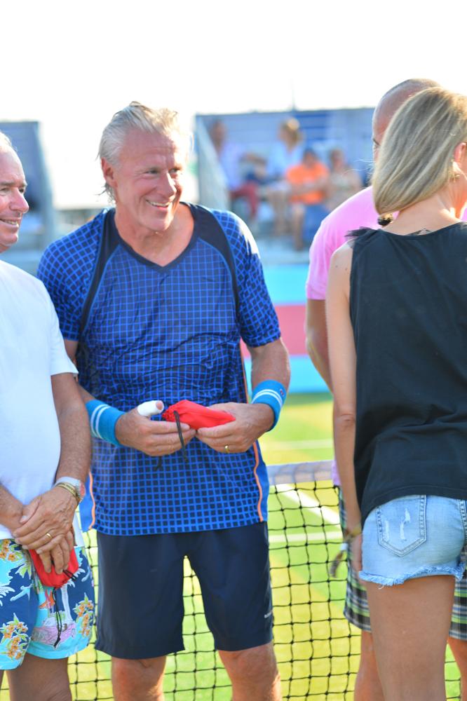 Saint-Tropez Classic Tennis Tour 2015 - Björn Borg & Géraldine Guigues pour la remise des prix Noreve
