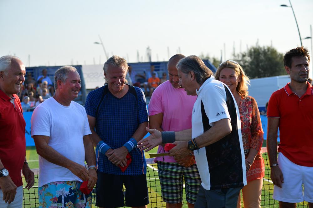 Saint-Tropez Classic Tennis Tour 2015 - Christian Bîmes, Björn Borg, Ilie Năstase & Fabrice Santoro pour la remise des prix Noreve